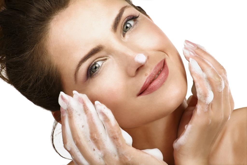 Картинки по запросу как ухаживать за жирной кожей лица